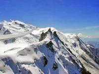 Британские студентки разделись в Альпах